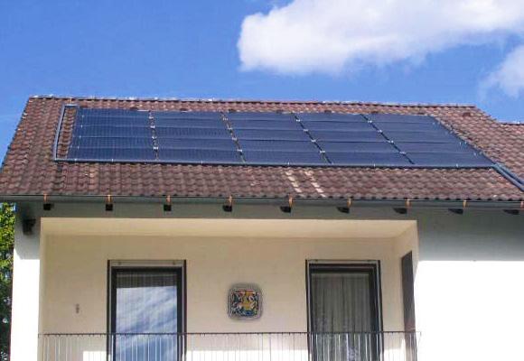 Chauffage solaire piscine une solution conomique et for Installation chauffage solaire piscine