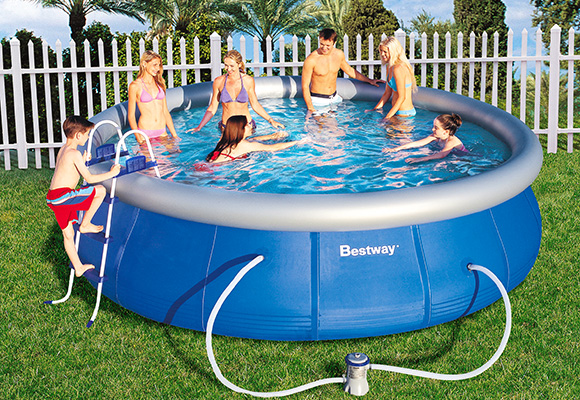entretien piscine hors sol cheap piscine horssol bois. Black Bedroom Furniture Sets. Home Design Ideas