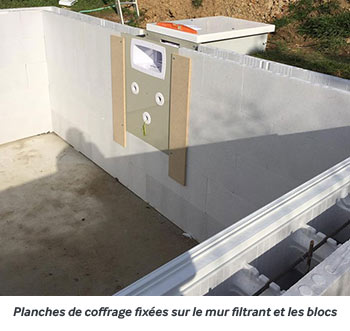 http://www.piscines-hydrosud.fr/medias_produits/imgs/montage-du-mur-filtrant-etape-3.jpg