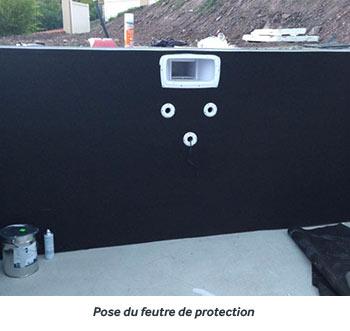 https://www.piscines-hydrosud.fr/medias_produits/imgs/montage-du-mur-filtrant-etape-5.jpg