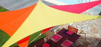 voile-d-ombrage-easy-sail-triangle-panache-de-couleurs.jpg
